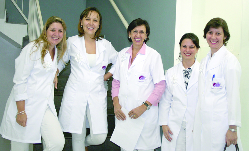Cursos de atualização em dentística restauradora e estética